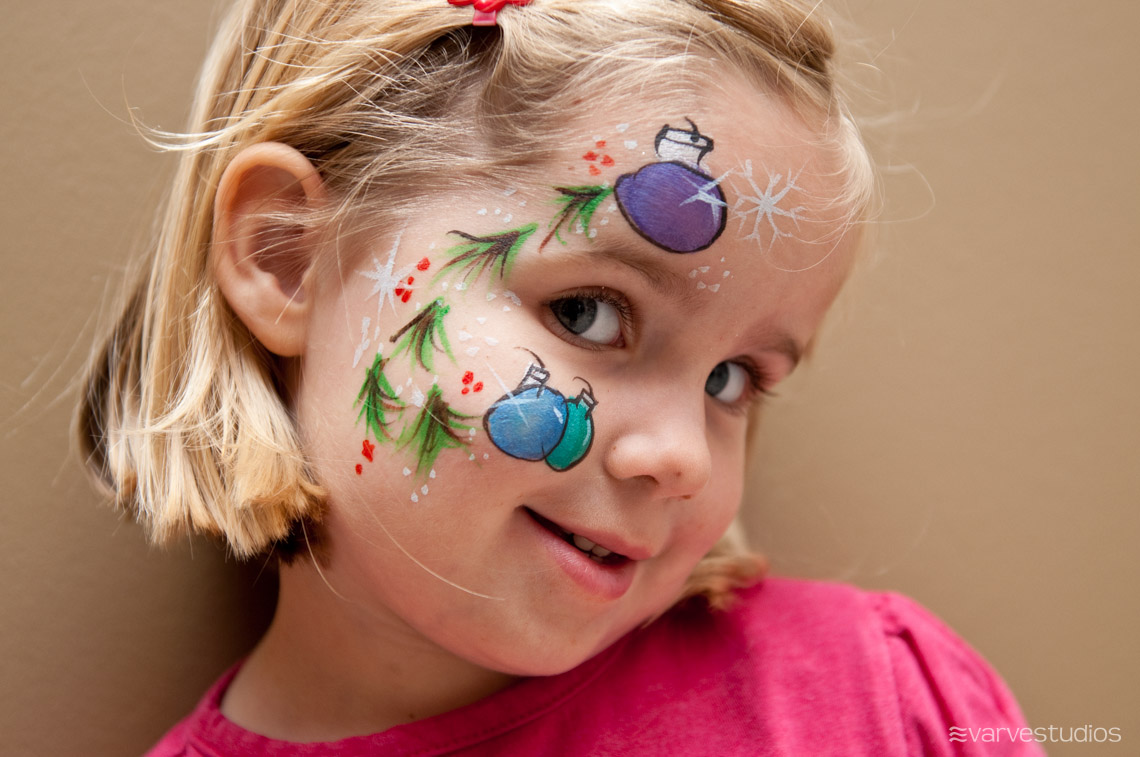 Christmas Face Paint.Photography Face Painting
